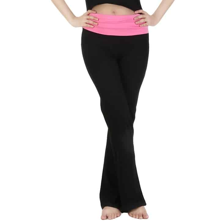 Yoga Pants Vs Leggings: Which One Is Better For Yoga Class?