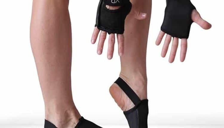 Best-Yoga-Socks-And-Gloves